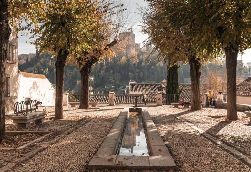 Plazeta de Carvajales. Lugar idóneo donde contar leyendas en Granada